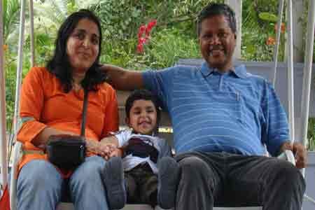 Sundara-mahal-homestay-guests-images-Arunkumar-Radhika-Vivaan