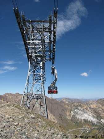 Snowbird resort oktoberfest tram bondinho teleferico hidden peak