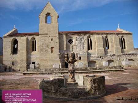 mosteiro de santa clara velha - fonte
