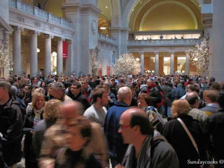 Metropolitan Museum Nova York - hall lotado