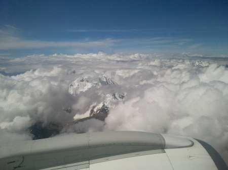 Como é voar de TACA - chegando em Cusco