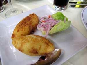 Restaurantes de Lima: Brujas de Cachiche - bolinhos