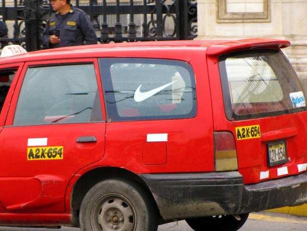 Meu Nike é vermelho