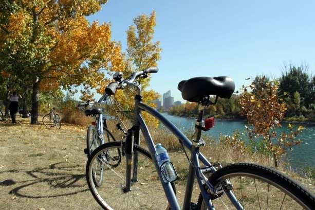 Eau Claire Rapid Rent - Um dia andando de bicicleta
