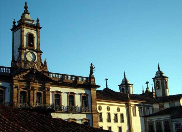 Ouro Preto na Pascoa - Museu da Inconfidência e Igreja do Carmo ao lado
