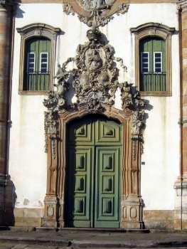 Ouro Preto na Pascoa - Igreja São Francisco de Assis detalhes da porta