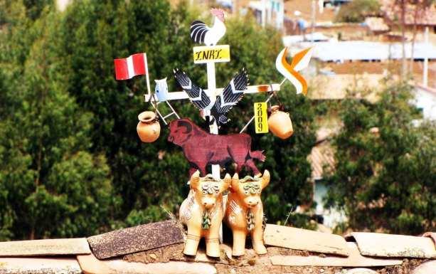Roteiro do Peru - Valle Sagrado - Chinchero - detalhe no alto das casas