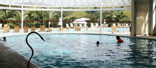 Águas de Lindóia - Villa di Mantova: piscina aquecida