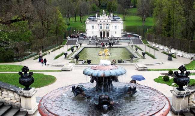 Castelos da Alemanha - Mais fontes dos jardins do Linderhof