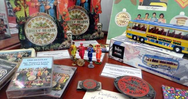 Salão do Automóvel - Museu dos Beatles 02