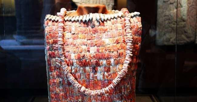Museu Nacional de Antropologia - roupa de conchas