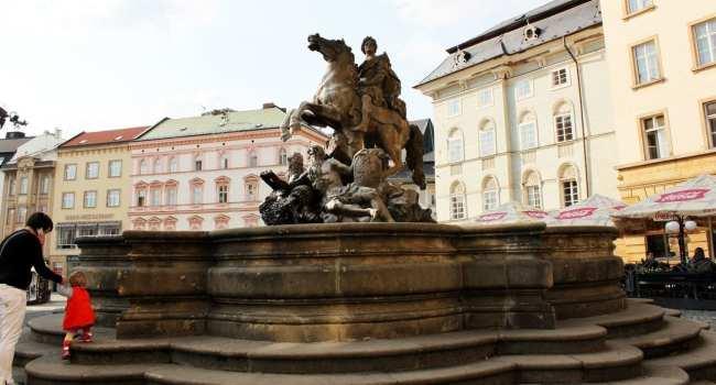 Road trip pela República Tcheca - Fonte barroca em Olomouc