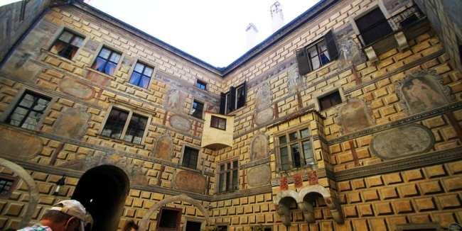 Cesky Krumlov UNESCO - Pátio dos cavalos no castelo