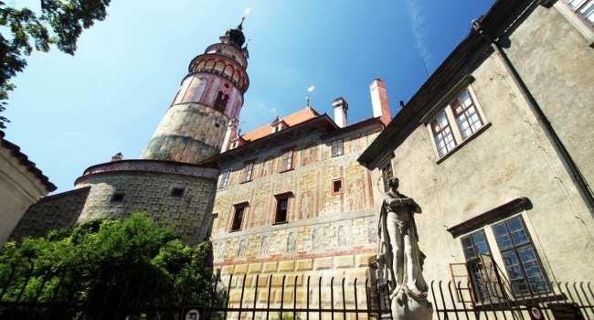 Cesky Krumlov UNESCO - Torre e pátio dos ursos