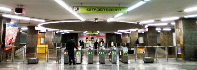 Como usar o metrô da Cidade do México - Catracas