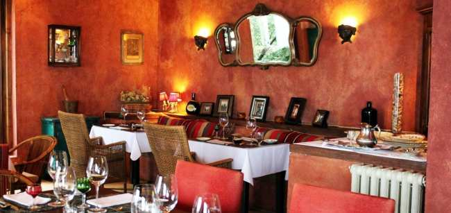 Hotéis Villa la Angostura - Correntoso: Chá da tardeHotéis Villa la Angostura - Luma: restaurante