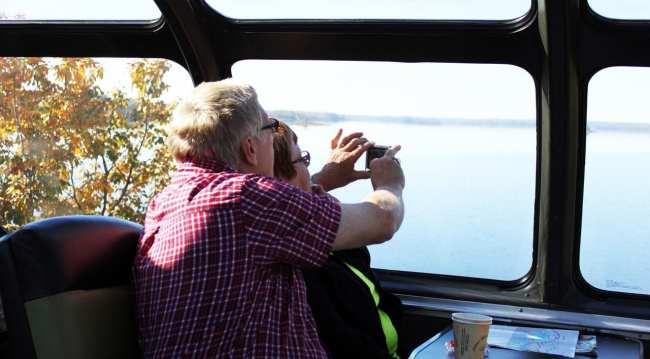 Viajar de trem no Canadá - The Canadian - Casal 1
