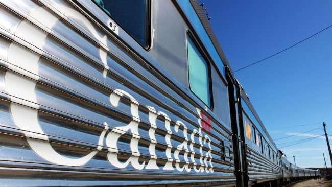 Viajar de trem no Canadá - The Canadian