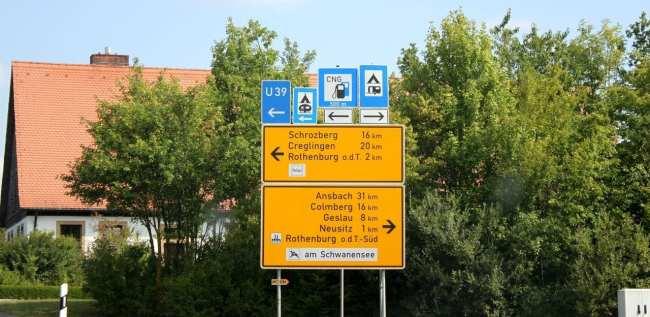Dicas para dirigir na Alemanha - Várias placas em uma :P