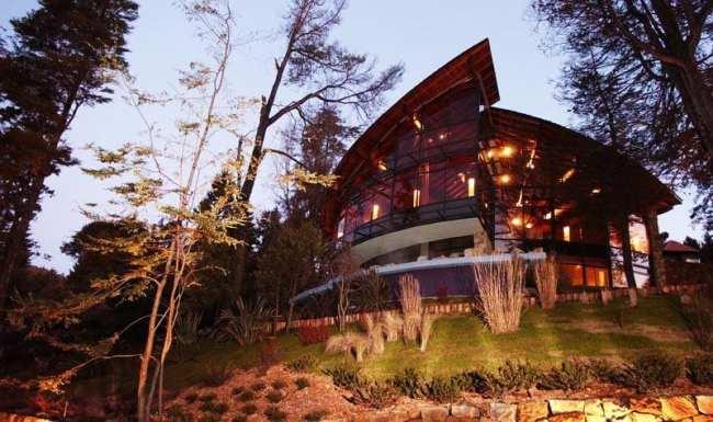 Ode ficar em Bariloche: os melhores hotéis - Design Suites por fora