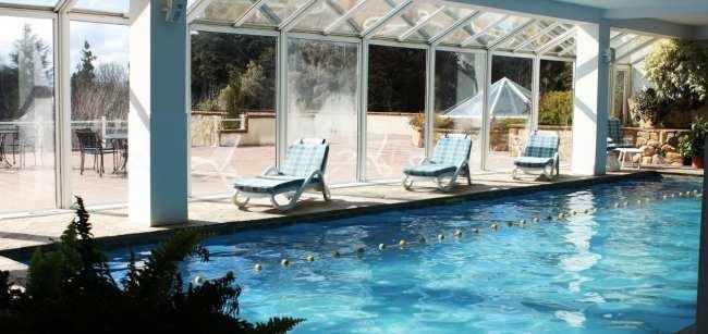Ode ficar em Bariloche: os melhores hotéis - Villa Huinid Lodge vista da piscina