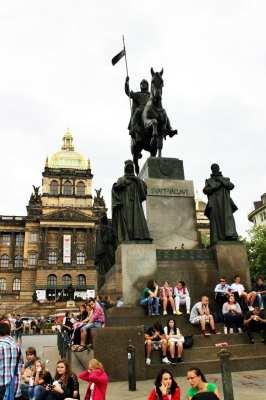Praça Venceslau de Praga - Estátua do Venceslau 4