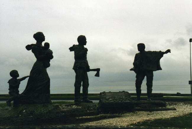 Puerto Montt - Monumento ao imigrante alemão