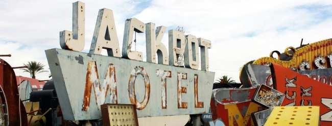The Mob Museum e Neon Museum de Las vegas - Letreiros luminosos Jackpot Motel