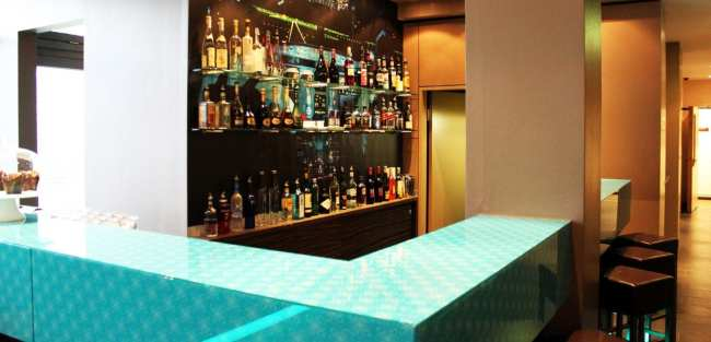 Review Motel One - Bar