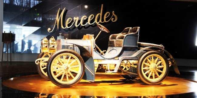 Stuttgart - Museu da Mercedes-Benz Carros 2