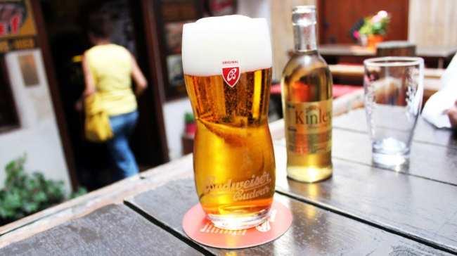 A cultura da cerveja na República Tcheca - Budweiser em Cesky Krumlov