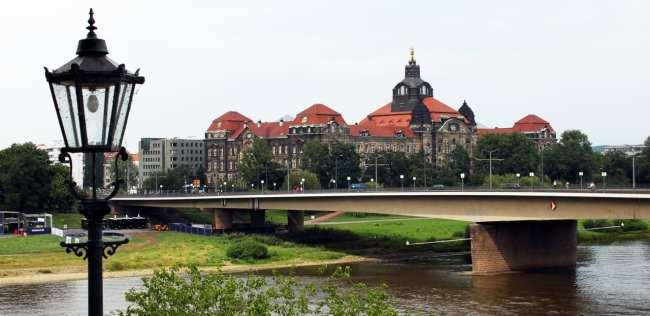 Dicas de viagem a Dresden - Cidade Velha Alstadt Mirante da ponte sobre o rio Elba