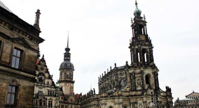 Dicas de viagem a Dresden - Cidade Velha Alstadt Vista para a catedral 2