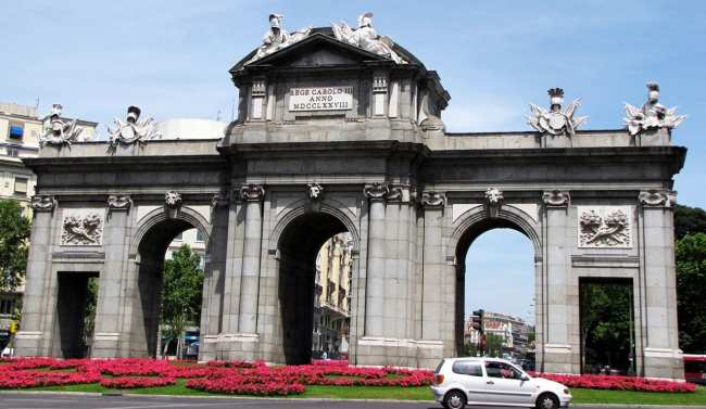 Guia KLM de Madri - Puerta de Alcalá