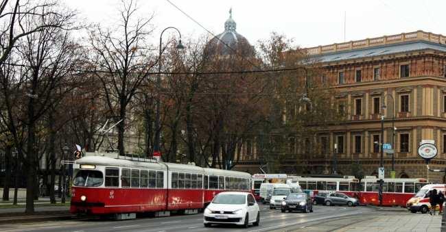 Guia KLM de Viena - Cidade 2