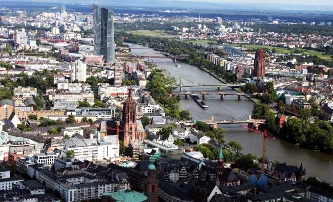 Roteiro segunda viagem a Frankfurt - Main Tower 2