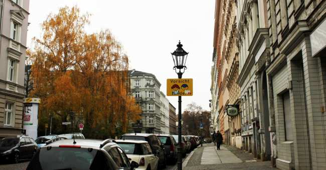 Kreuzberg, o bairro descolado de berlim - numa rua qualquer