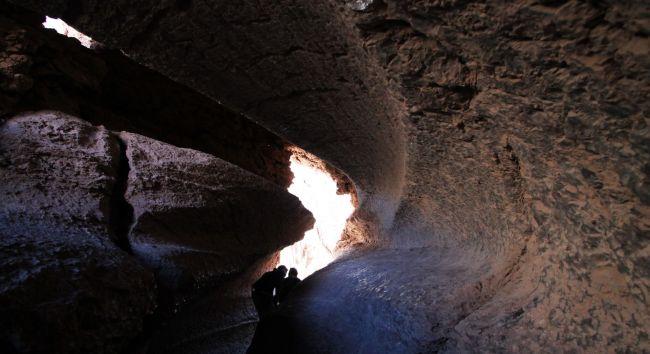 Passeios no Atacama - Vale da Lua - caverna de sal 4