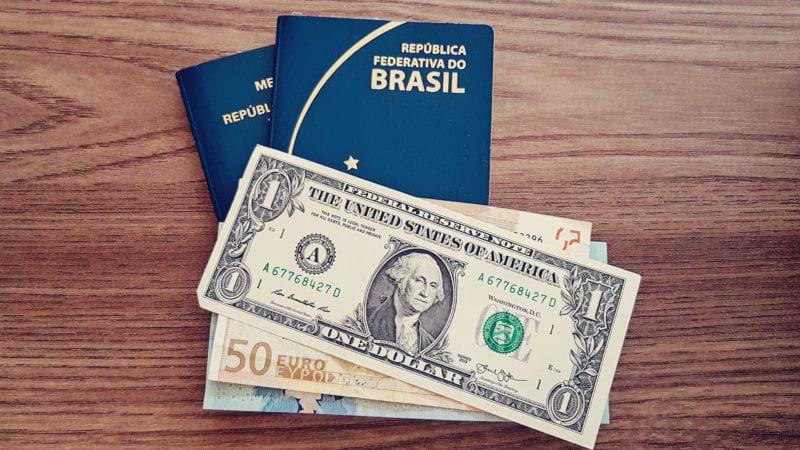 Qual moeda levar para o Equador? Vale levar dólar?