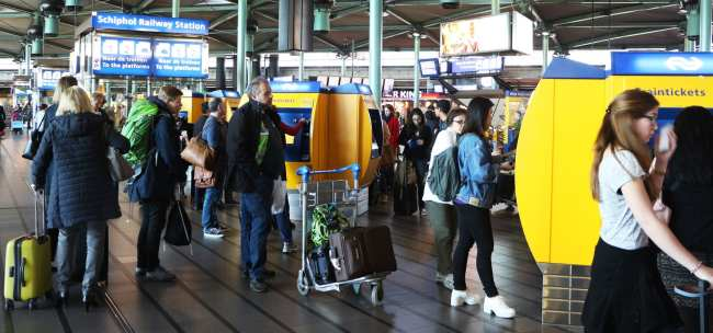 Amsterdam - como ir do aeroporto ao centro da cidade - 12