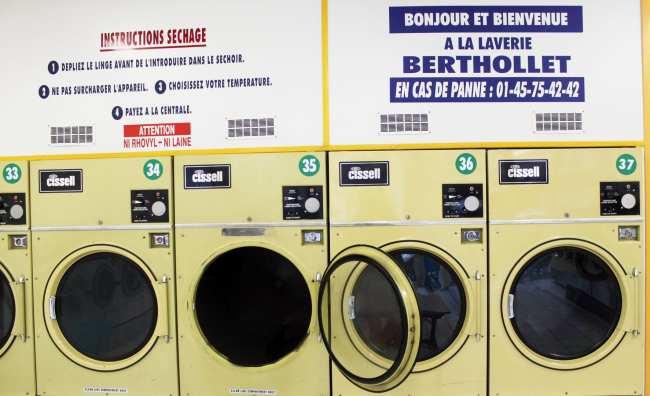 Como lavar roupa na Europa: lavandera - 03