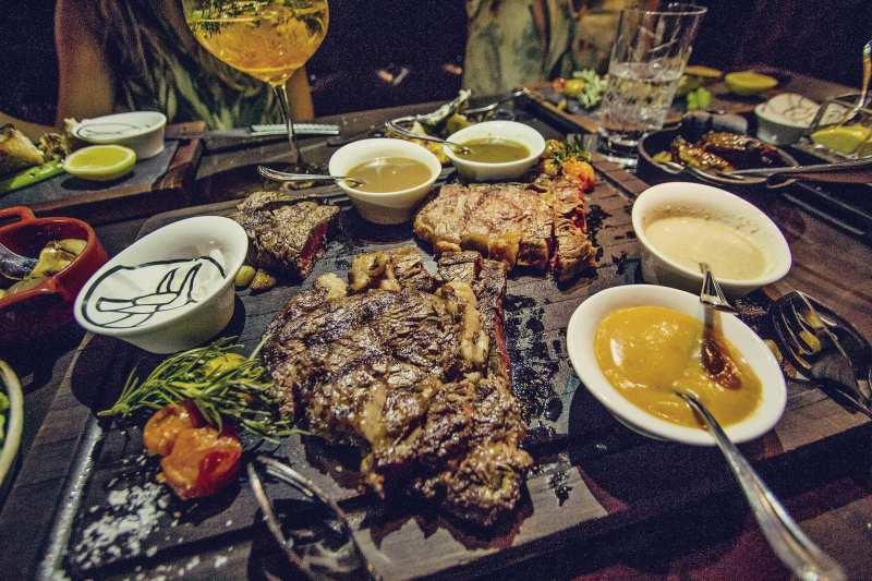 Restaurante Raging Bull, Manila, Filipinas