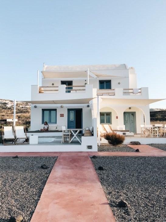 VINO HOUSES