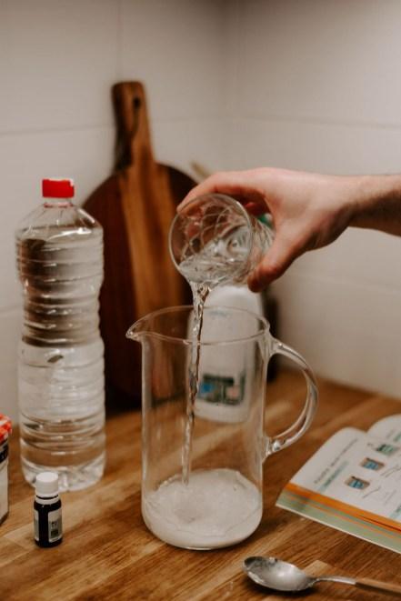 Ajouter un verre d'eau // Crédit - Les Lovers Wedding