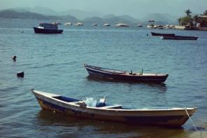 Barques sur l'eau