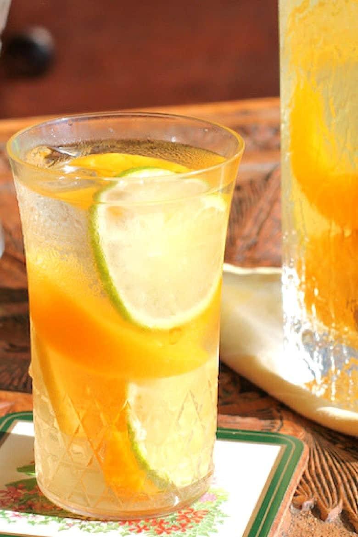 Simple Mixed Drinks - Citrus Peach Sangria