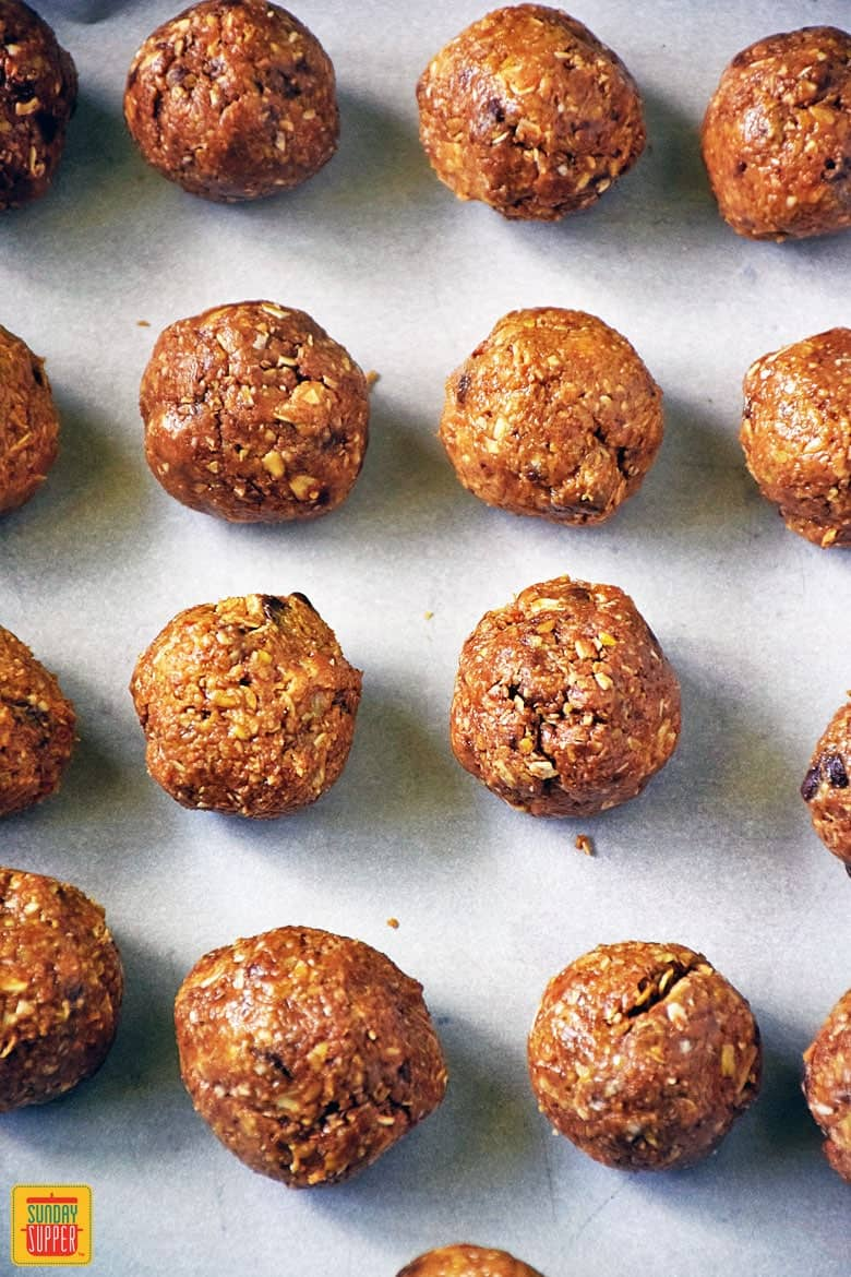 No Bake Oatmeal Balls After School Snack Recipe