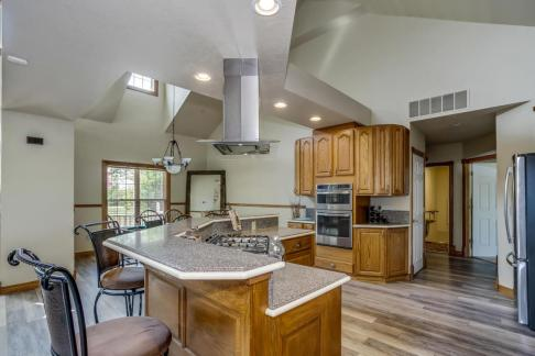3650 N Main St El Dorado KS-large-022-086-Dining RoomKitchen-1500x1000-72dpi