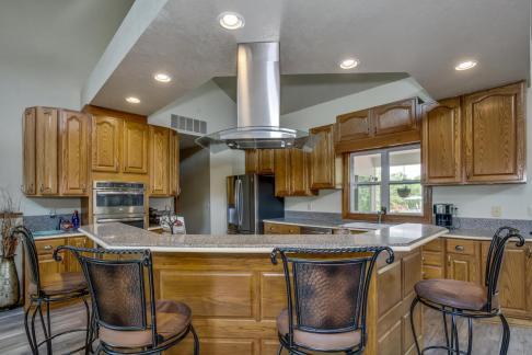 3650 N Main St El Dorado KS-large-023-090-Kitchen-1500x1000-72dpi