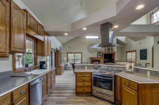 3650 N Main St El Dorado KS-large-025-097-Kitchen-1500x1000-72dpi